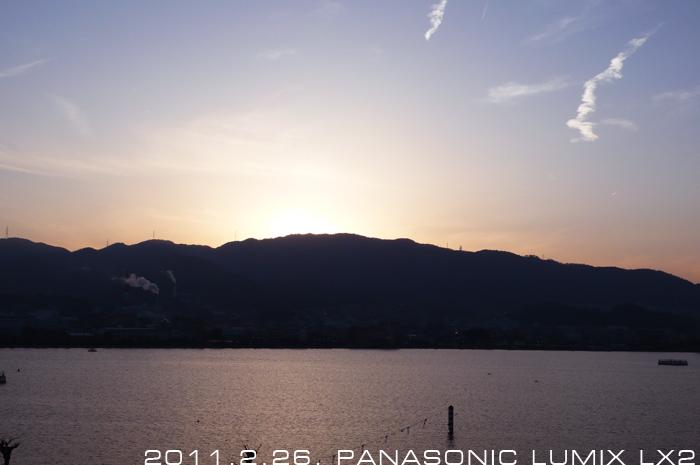琵琶湖の夕景。